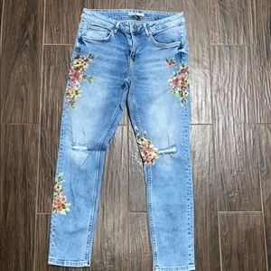 Zara ripped floral light color jeans